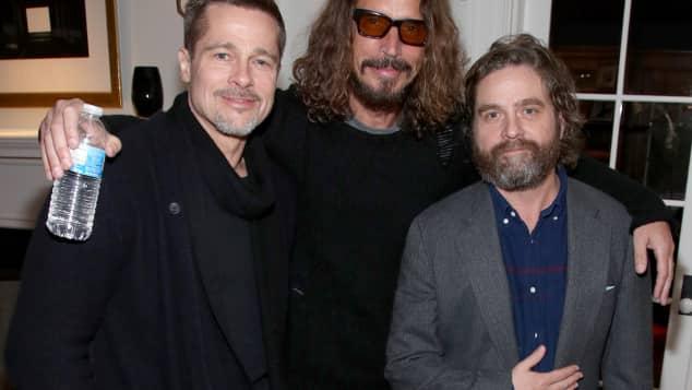 Brad Pitt, Chris Cornell und Zach Galifianakis im Januar 2017