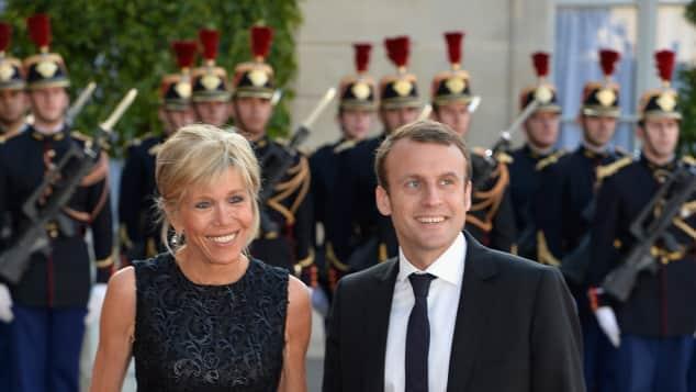 Brigitte Trogneux und Frankreichs Präsident Emmanuel Macron
