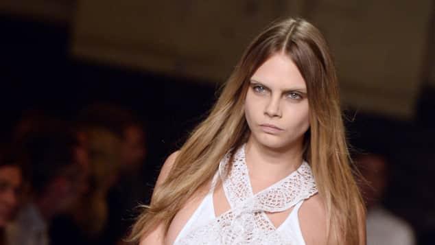 Cara Delevingne bei der Givenchy Fashion Show