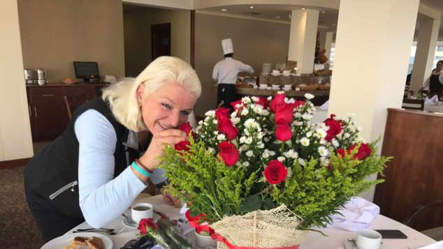 Carmen Hanken Geburtstag ohne Tamme Blumenstrauß Glückwünsche Fans