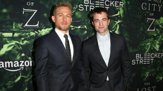 Charlie Hunnam und Robert Pattinson