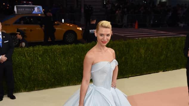 Claire Danes wunderschön auf der Met Gala