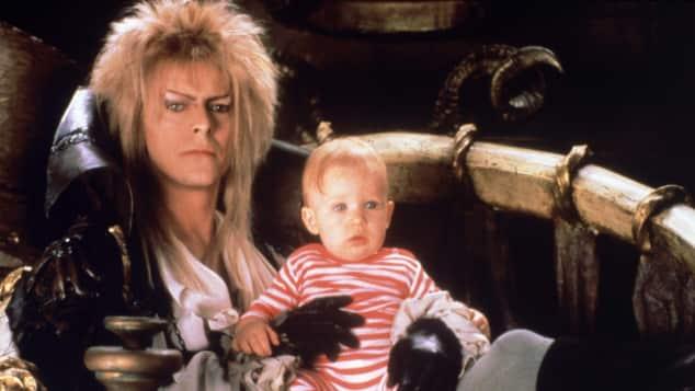 """David Bowie und Toby Froud in """"Die Reise ins Labyrinth"""""""