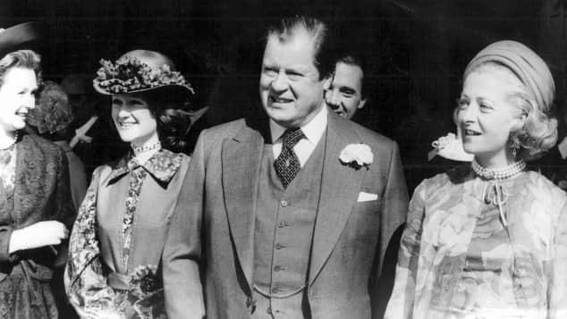 Lady Dis Papa Edward Spencer neben seiner Frau Frances Shand Kydd