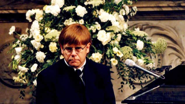 Elton John bei der Beerdigung von Lady Diana 1997, Candle in the Wind