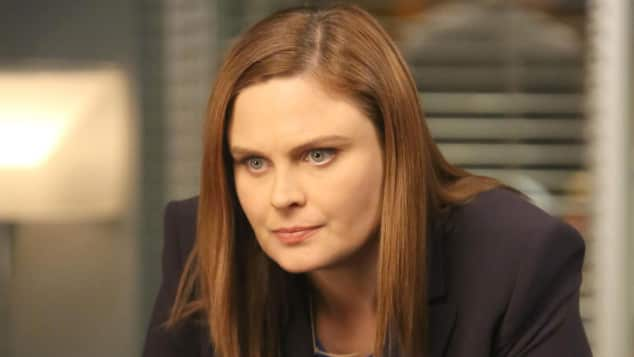 "Emily Deschanel in ""Bones"""