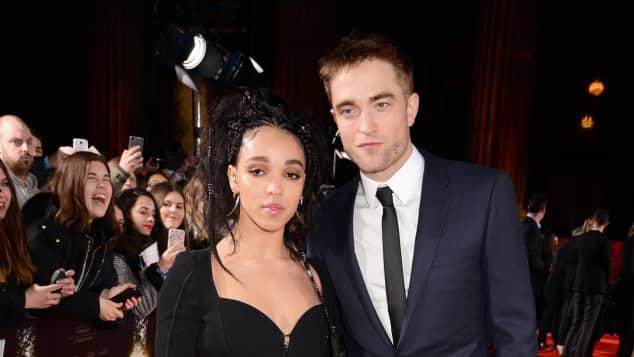 Musikerin FKA twigs und Schauspieler Robert Pattinson sind seit 2015 verlobt Premiere London