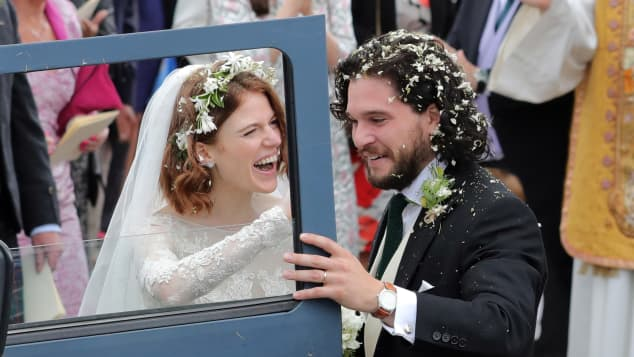 """""""Games of Thrones""""-Stars Rose Leslie und Kit Harington bei ihrer Hochzeit 2018"""