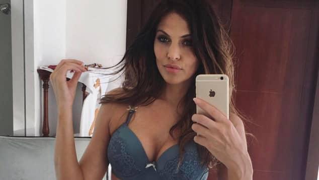 Hana Nitsche ist ein erfolgreiches Dessou-Model