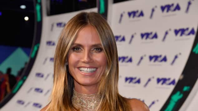 Heidi Klum zeigt Dekolleté bei den MTV Video Music Awards 2017