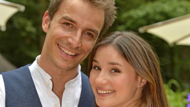 """Jeannine Michèle Wacker und Max Alberti spielen """"Clara"""" und """"Adrian bei """"Sturm der Liebe"""" """""""