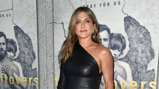 Jennifer Aniston Schauspielerin Lederkleid High Heels Blond hübsch sexy