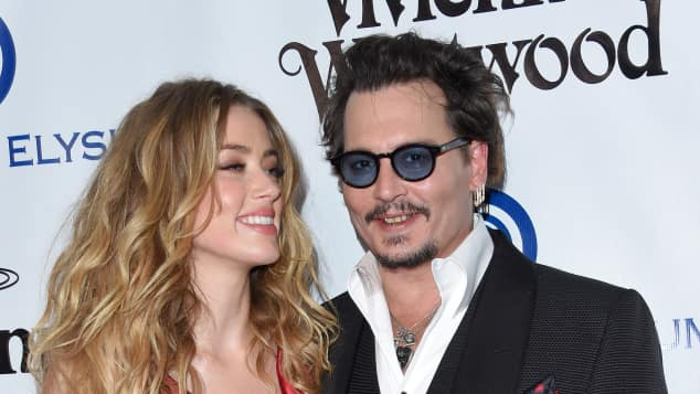 Johnny Depp und Amber Heard sind super happy