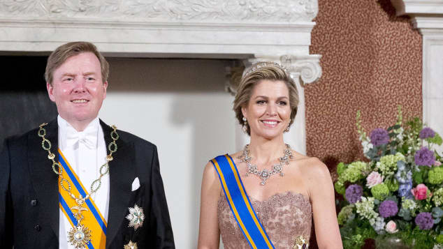 Staatsbankett Niederlande Amsterdam Königin Maxima bezaubernd Kleid Stil König Willem-Alexander niederländisches Königshaus