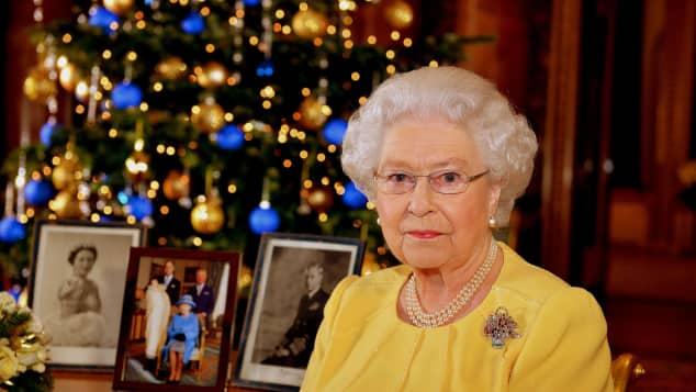 Königin Elisabeth II. auf dem Weg der Besserung