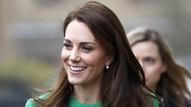 Duchess Catherine Stunning in a Green Dress Visiting Schools in London on February 5th, 2019