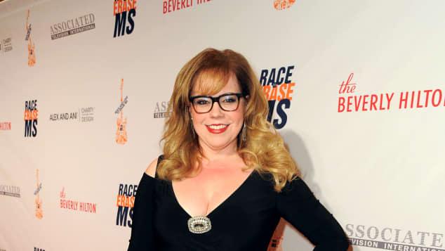 """Kirsten Vangsness bei der """"Race to Erase MS""""-Gala Penelope Garcia Criminal Minds so sieht sie in echt aus"""