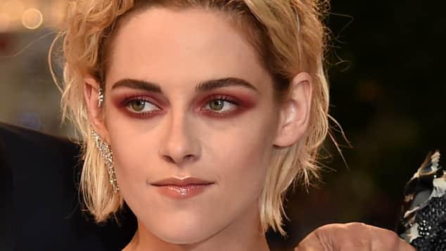 Kristen Stewart überrascht mit diesem düsteren Make-up in Cannes