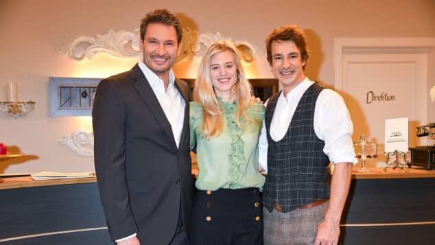 Larissa Marolt, Sebastian Fischer und Dieter Bach