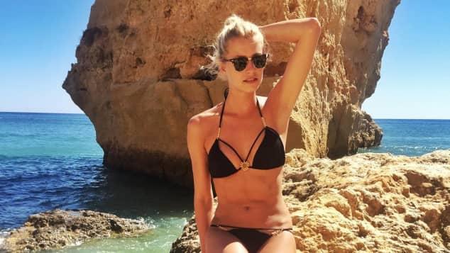 Lena Gercke zeigt ihren Bikini-Body im Portugal-Urlaub