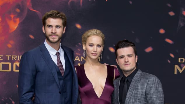 """Tribute von Panem"" Liam Hemsworth Jennifer Lawrence John Hutchserson"