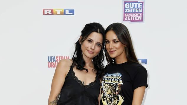 Linda Marlen Runge und Janina Uhse bei der 25-Jahre-GZSZ-Feier steig aus New York Serien-Aus