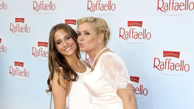 Claudia Effenberg Lucia Strunz Mutter Tochter roter Teppich Raffaello