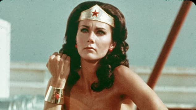 "Lynda Carter alias ""Wonder Woman"""