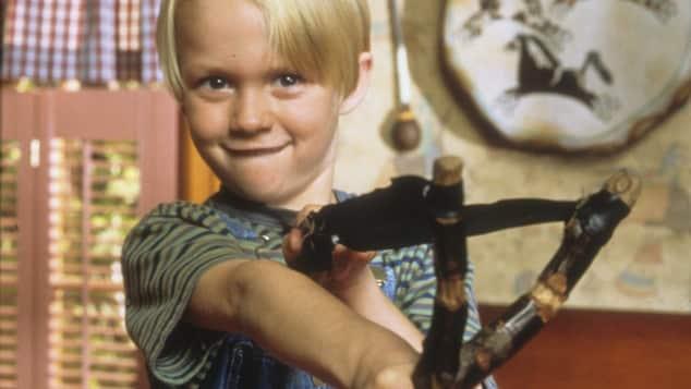 "Mason Gamble als ""Dennis"" 1993"