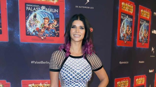 micaela schäfer premiere spiel mit der zeit 2017