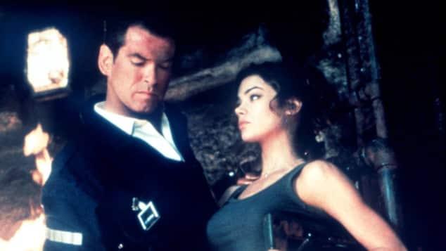 """Pierce Brosnan und Denise Richards in """"James Bond - Die Welt ist nicht genug"""""""