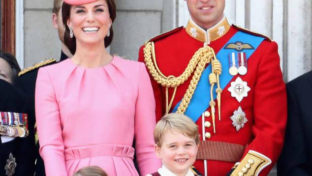 Prinz George, Prinzessin Charlotte, Prinz William und Herzogin Catherine bei der Trooping the Colour Parade