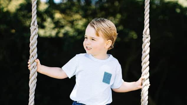 Prinz George im Garten von Amner Hall