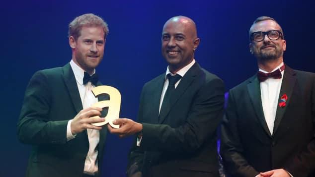 Prinz Harry Attitude Legacy Award Prinzessin Diana Julian La Bastide Ian Walker