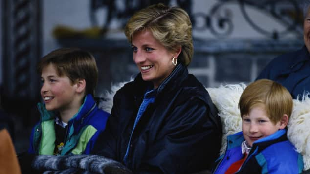 Prince William, Lady Diana and Prince Harry on holiday