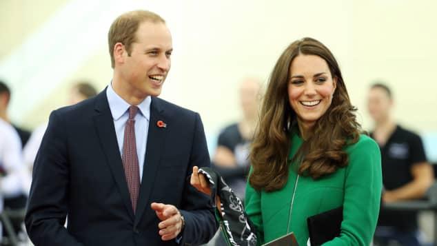 Sommer Prinz William Herzogin Kate nach Deutschland reisen Reise Commonwealth