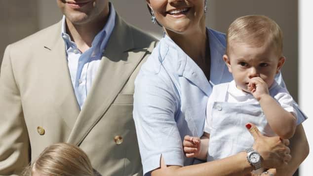 Prinzessin Victoria, Prinz Daniel, Prinzessin Estelle und Prinz Oscar auf Schloss Solliden