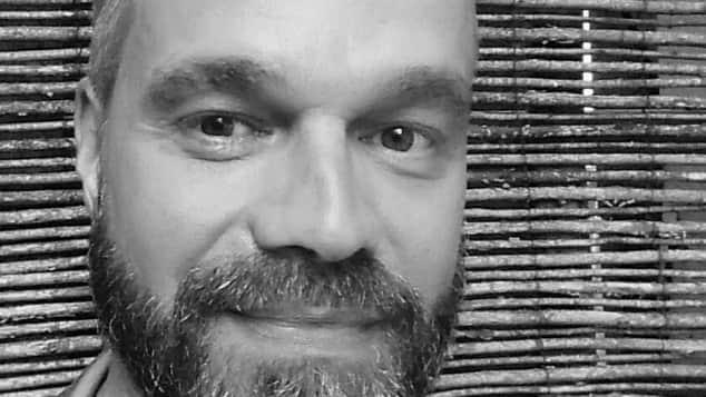 Ehemailger GZSZ-Schauspieler Raphael Schneider postet ein Bild von sich auf Facebook