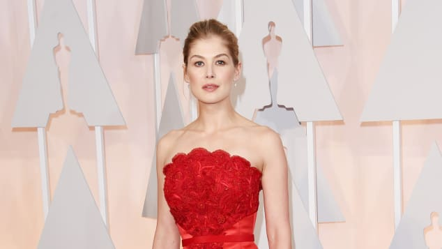 Rosmund Pike auf der Oscar-Verleihung 2015