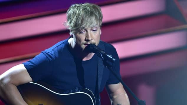 Samu Haber The Voice Gitarre singen