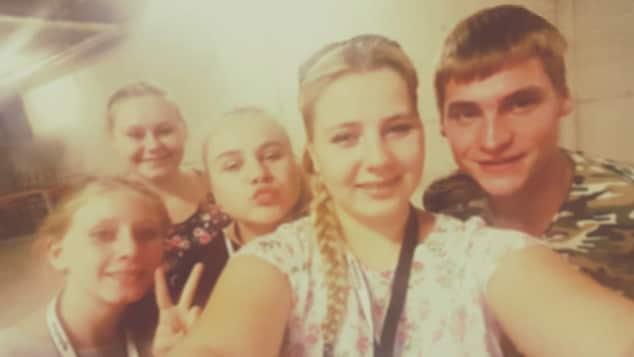 Sarafina Wollny postet ein süßes Selfie von sich und ihren Geschwistern auf Facebook