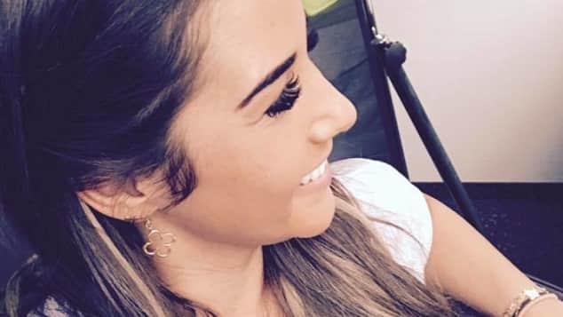 Sängerin Sarah Lombardi zeigt sich mit einer neuen Frisur