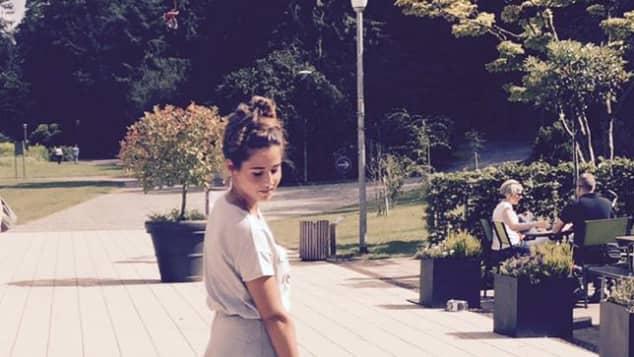 Sarah Lombardi beim Spaziergang mit Alessio