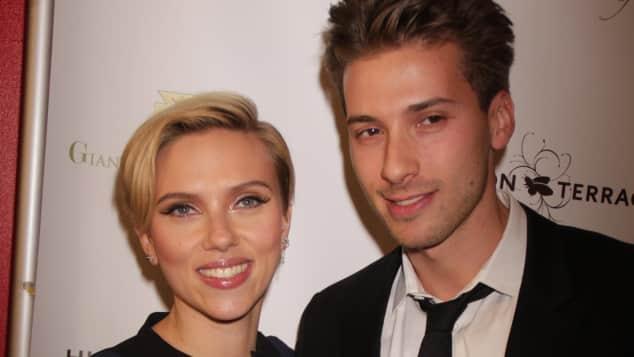 Scarlett Johansson Zwillingsbruder Hunter
