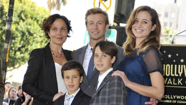 Simon Baker zeigt seine süße Familie