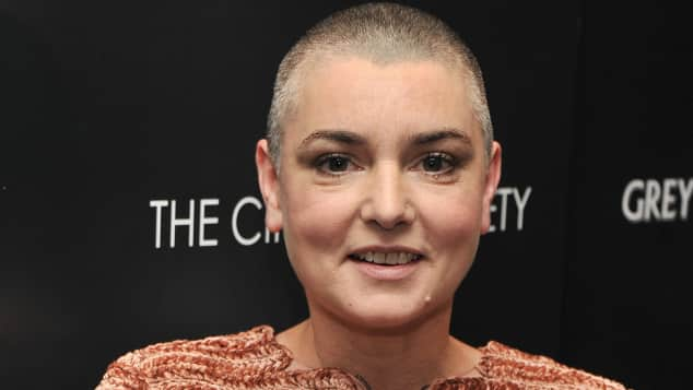 Sinéad O'Connor bricht Tour ab.