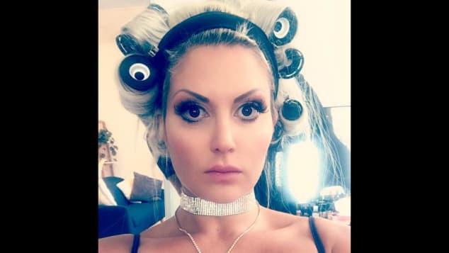 Sophia Vegas mit XXL-Dekolleté, Instagram