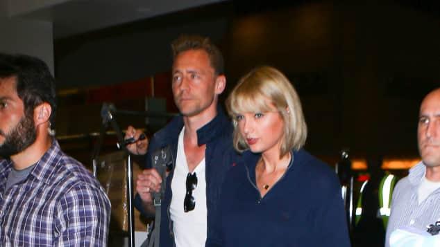 Tom Hiddleston und Taylor Swift am Flughafen in LA