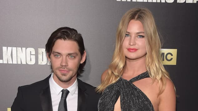 Tom Payne und Jennifer Akerman