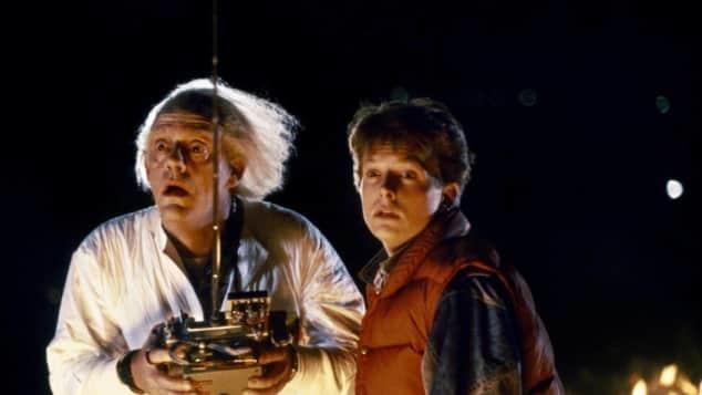 """""""Marty McFly"""" (Michael J. Fox) und """"Doc Brown"""" (Christopher Lloyd) im Film """"Zurück ind die Zukunft"""""""